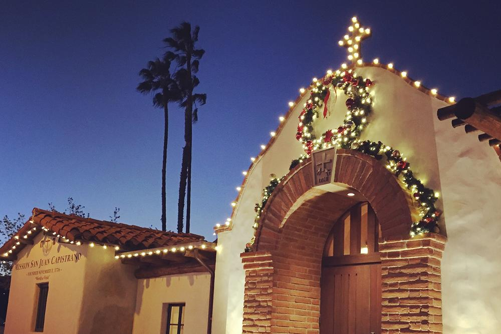17 Great Holiday Lights Displays in California