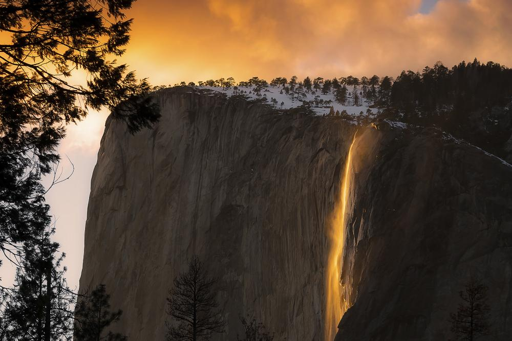 Here's What You Need to Know Before Viewing Yosemite's Firefall